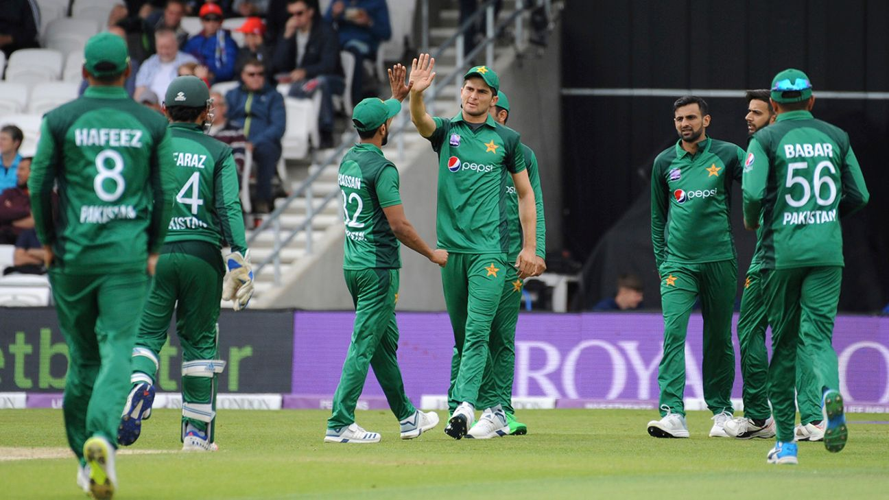 PCB allows families to stay with players after India match