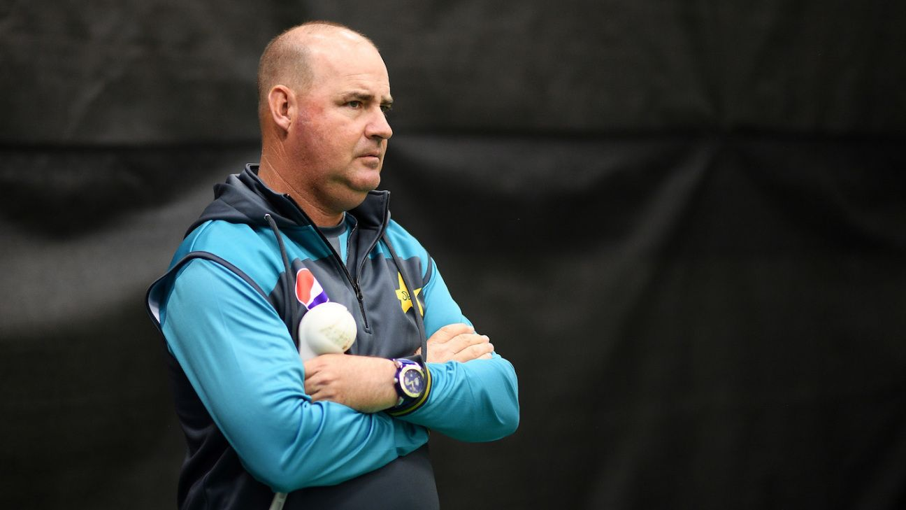 No new contracts for Mickey Arthur & Co as PCB plans post-World Cup overhaul