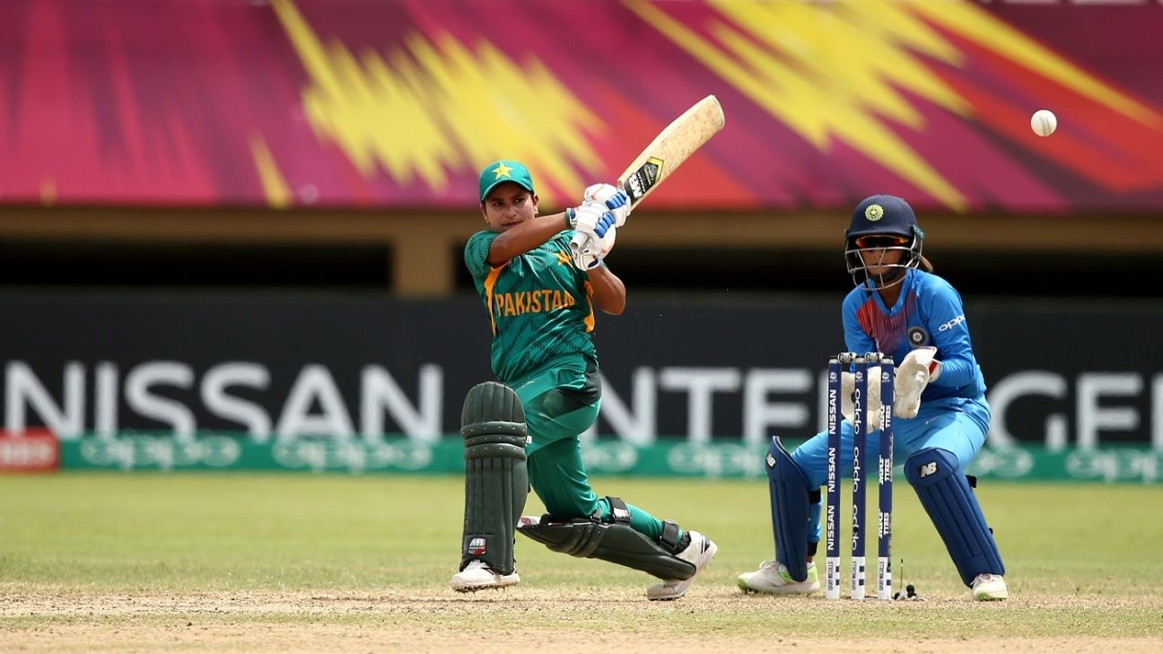 Nida Dar makes Pakistan history with Sydney Thunder deal