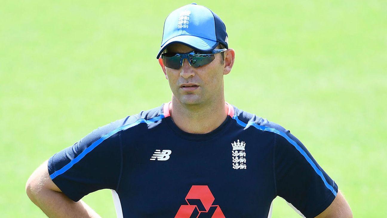 Shane Bond registers interest in England bowling coach vacancy