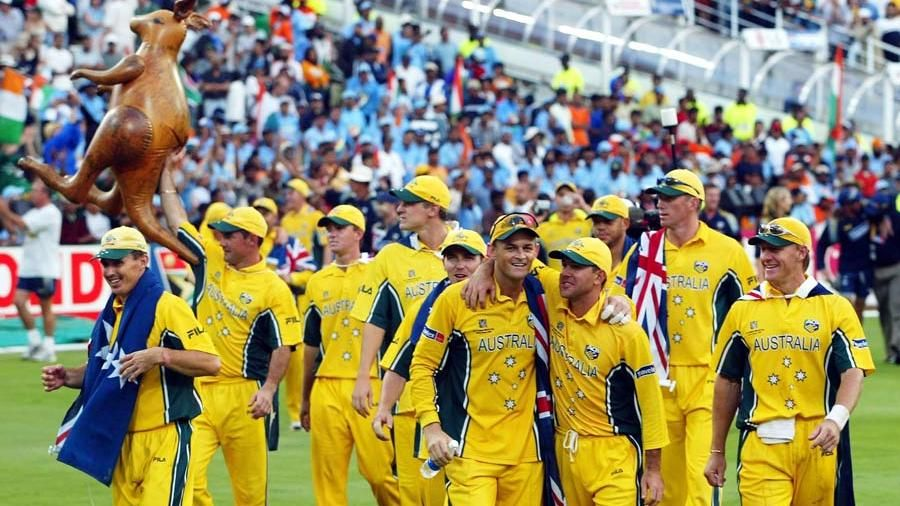 Adam Gilchrist walked after being caught off which bowler in the semi-final?