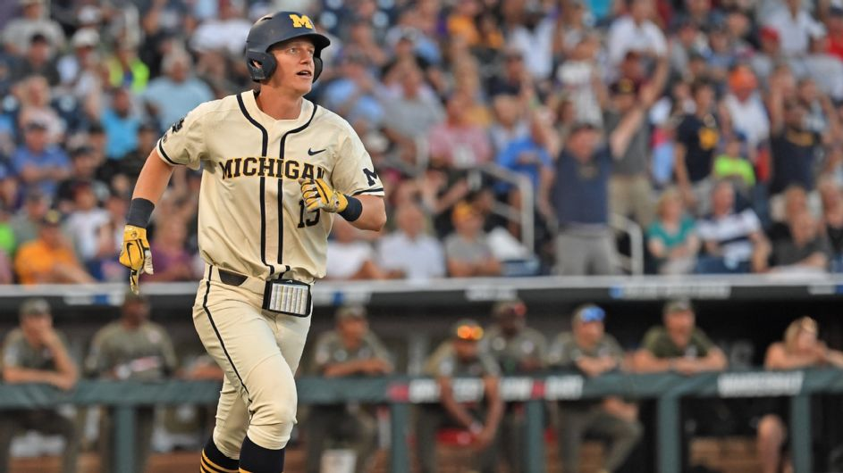 Michigan opens CWS finals with win over Vandy