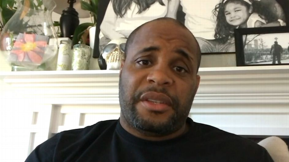 Cormier will fight once more, but only vs. Miocic