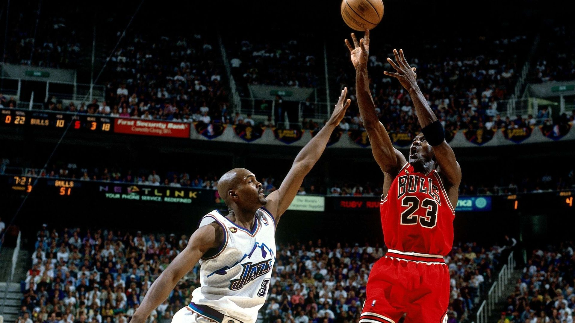MJ's game winner seals epic Game 6 in 1998 NBA Finals ...