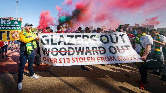 European Super League: Man Utd fans in anti-Glazer protest at Old Trafford