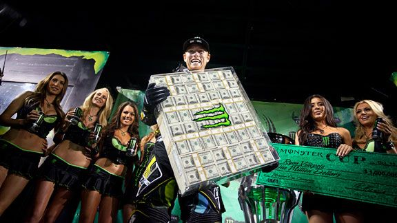 Bell Moto 3 >> Ryan Villopoto wins $1 million at Monster Energy Cup