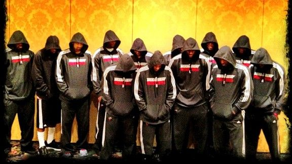 LeBron James' and other athletes' protest over Trayvon Martin ...