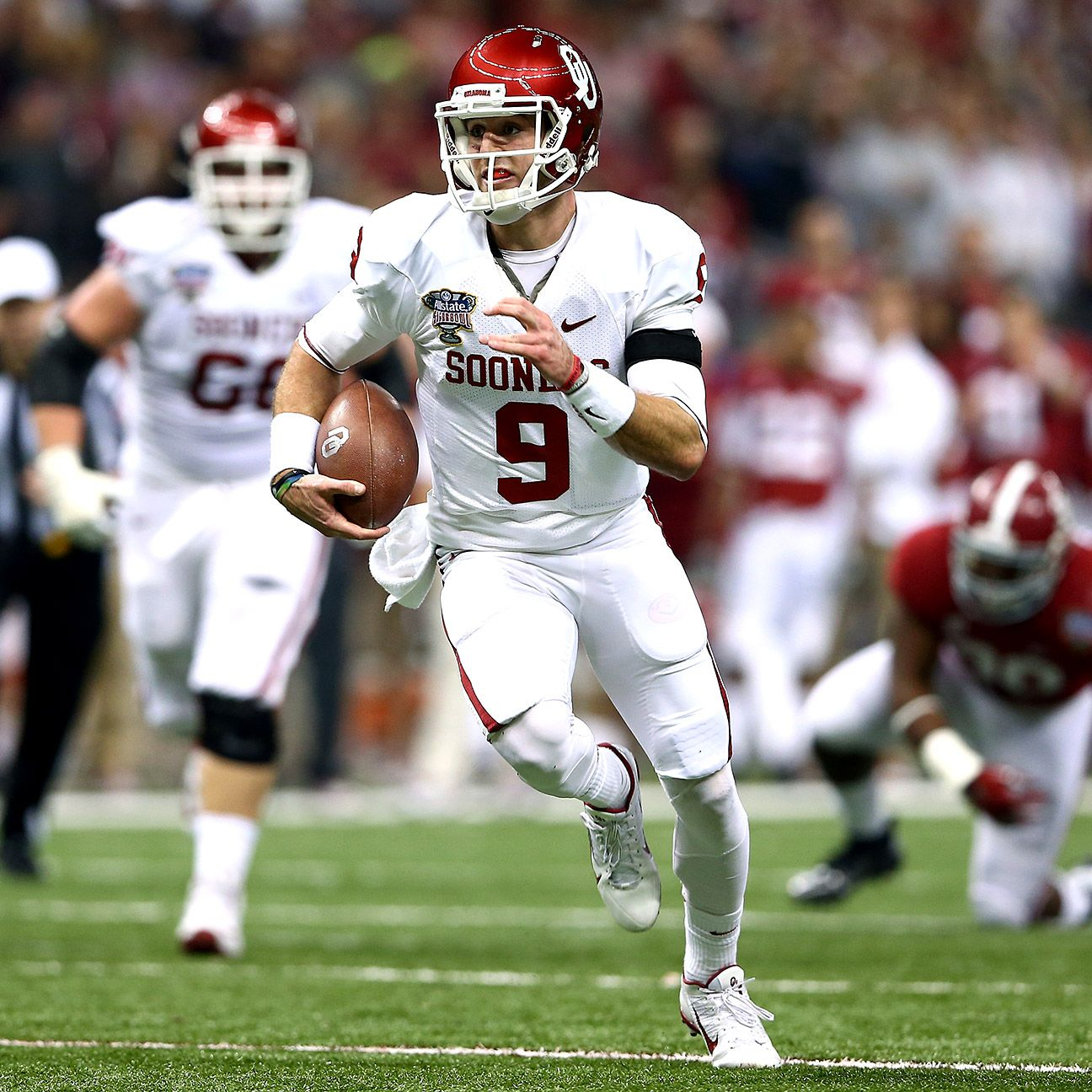 Trevor Knight growing into leadership role with Oklahoma ...