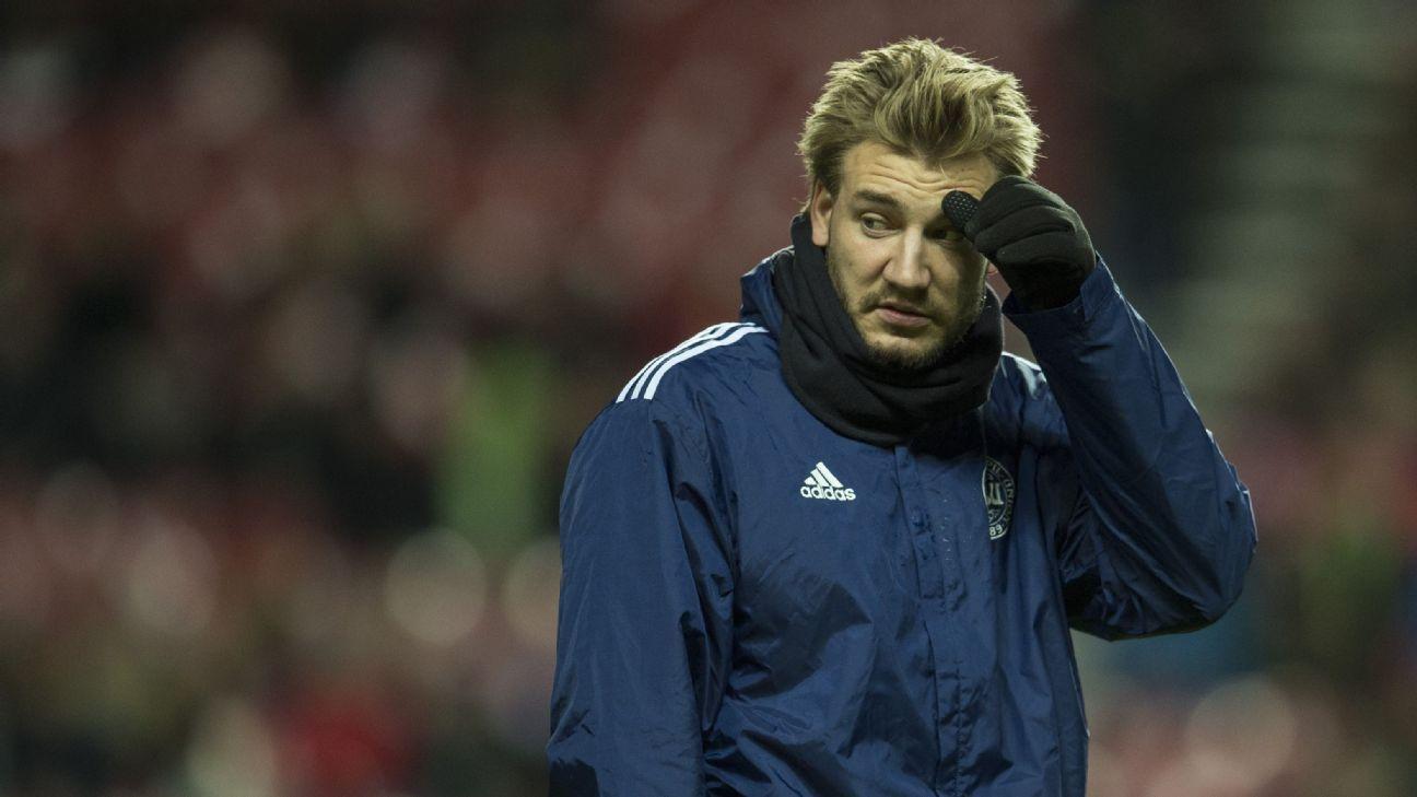 Wolfsburg fine Nicklas Bendtner for late arrival to training