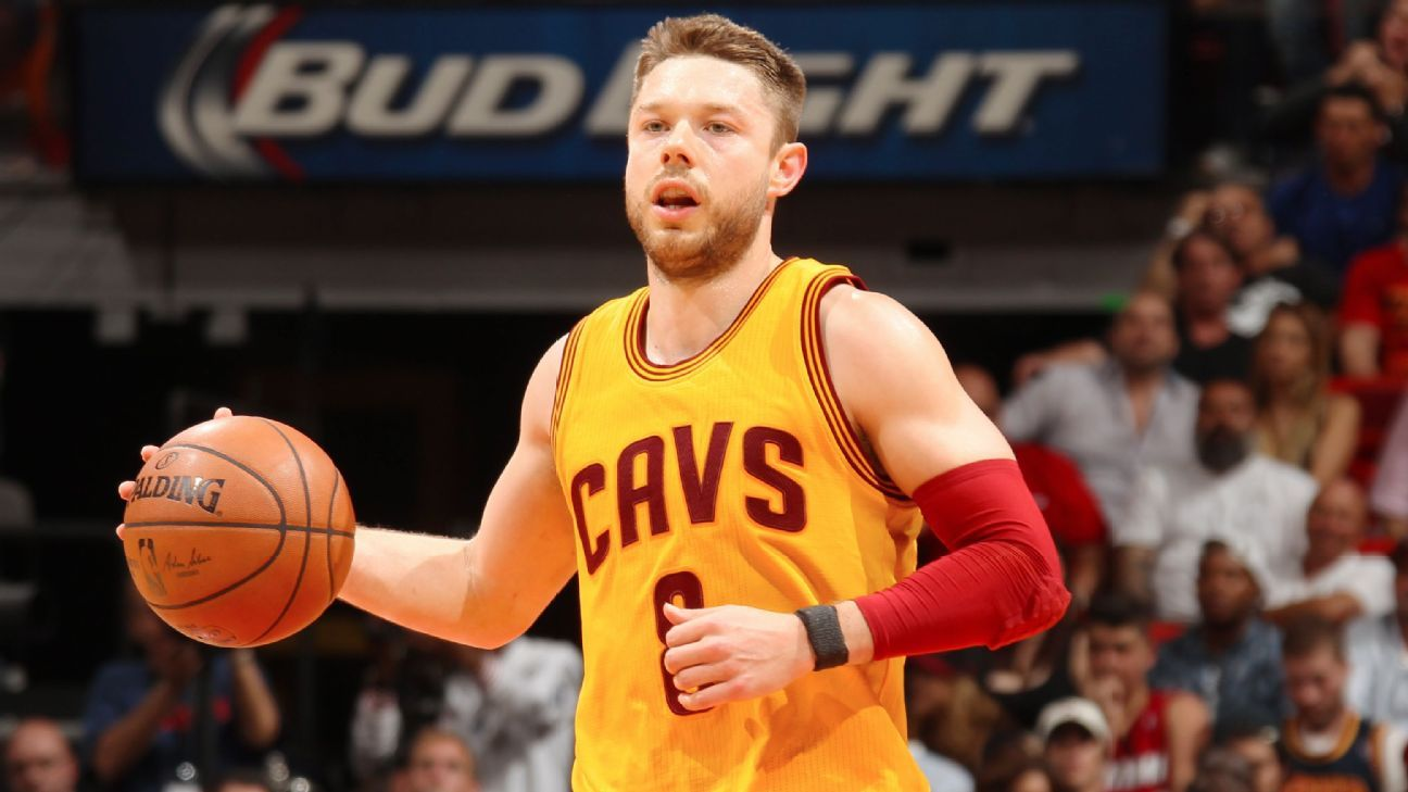 Matthew Dellavedova of Cleveland Cavaliers gets qualifying ...
