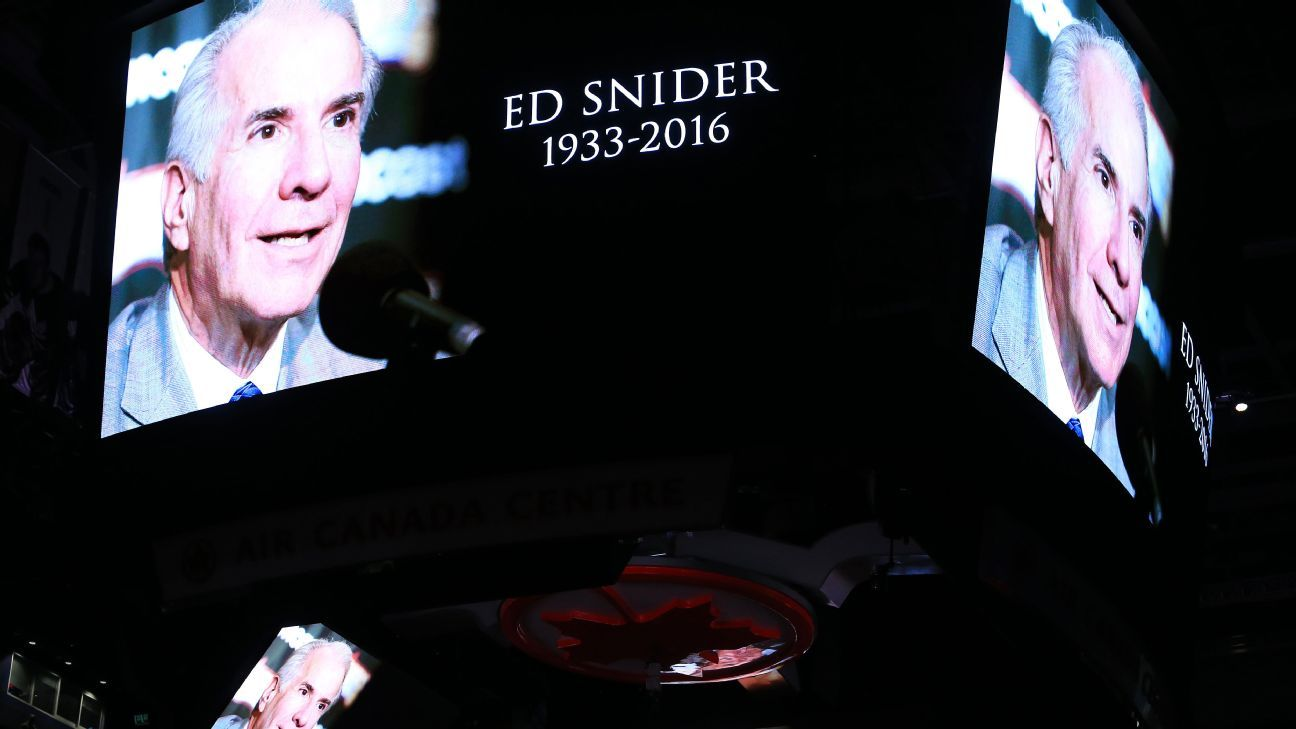 Philadelphia to honor late Flyers owner Ed Snider with mural