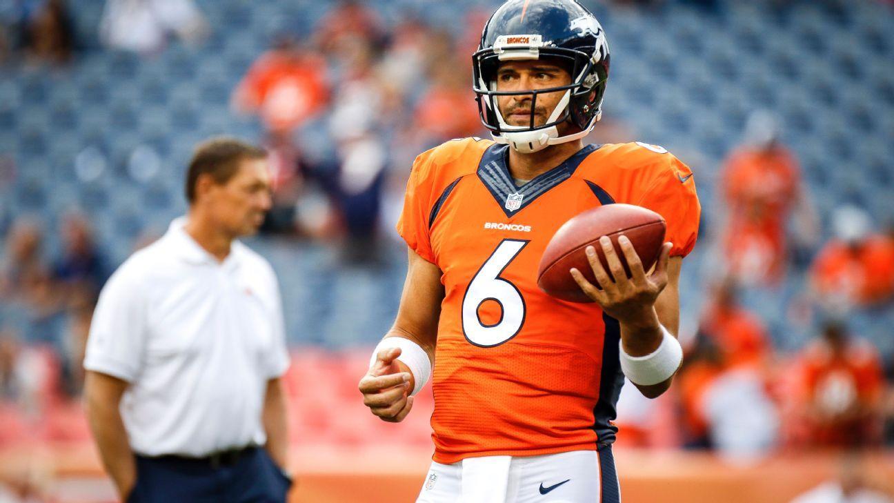 fc611e2afa5 Dallas Cowboys officially sign quarterback Mark Sanchez, keep Tony Romo on  active roster