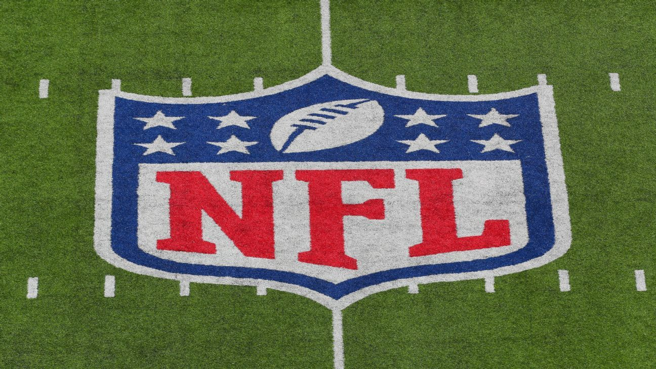 Sources: Owners propose stiffer holdout penalties