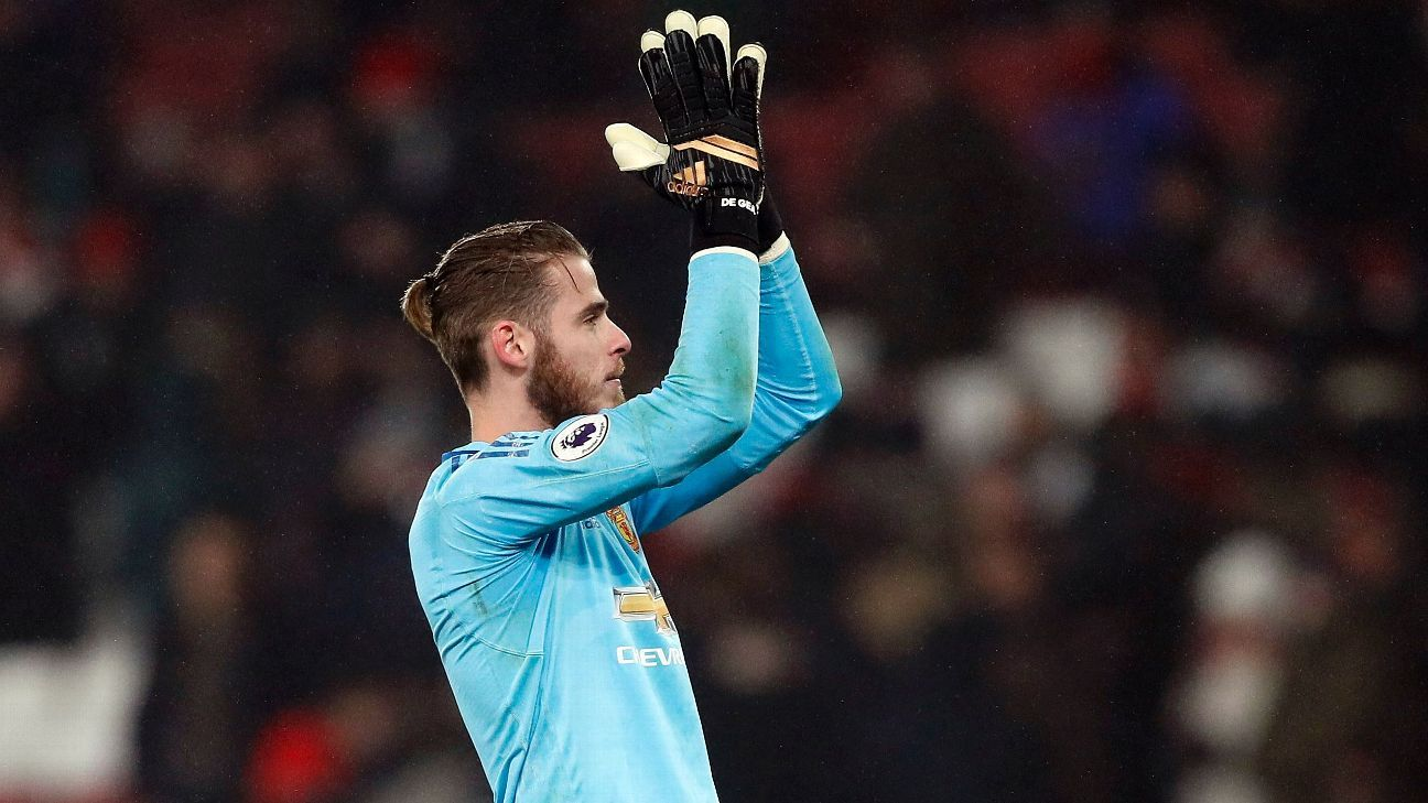 46ee70a0452 Are Manchester United facing new fight to keep David De Gea