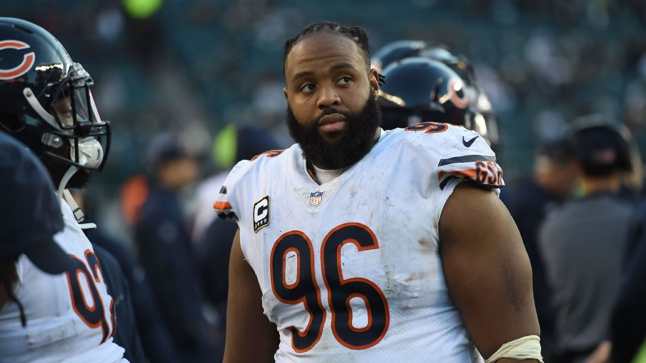 Bears place Akiem Hicks on injured reserve with elbow injury