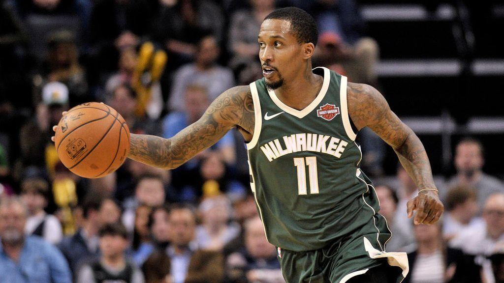 ba179d149ac Milwaukee Bucks sign guard Brandon Jennings to multiyear deal