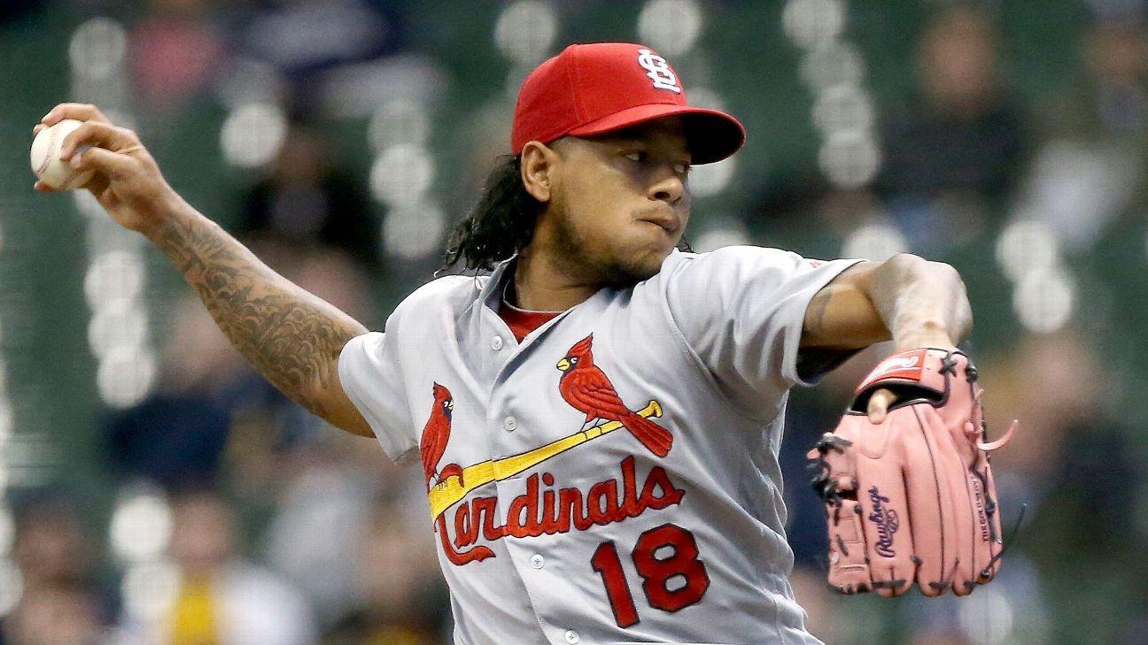 Cardinals Place Pitcher Carlos Martinez On Dl With Oblique Strain