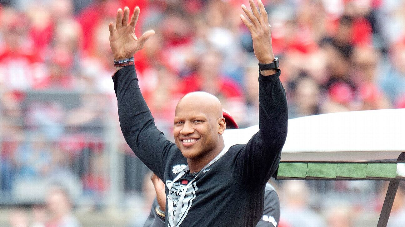 Ryan Shazier, who has not played for the Steelers since suffering a spinal injury in 2017, has won the 2019 George Halas Award chosen by the Professional Football Writers of America.
