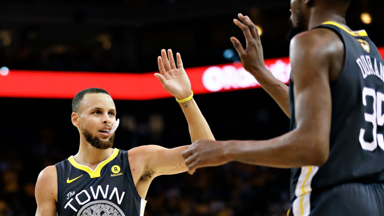 93dd749f6ad Golden State Warriors guard Stephen Curry sets NBA Finals record with 9 3-pointers  in Game 2 win over Cleveland Cavaliers