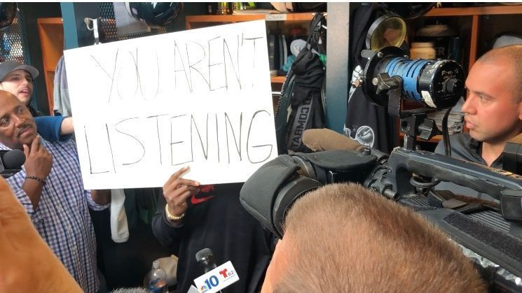 8071ec75541 Philadelphia Eagles' safety Malcolm Jenkins delivers messages after White  House snub with signs