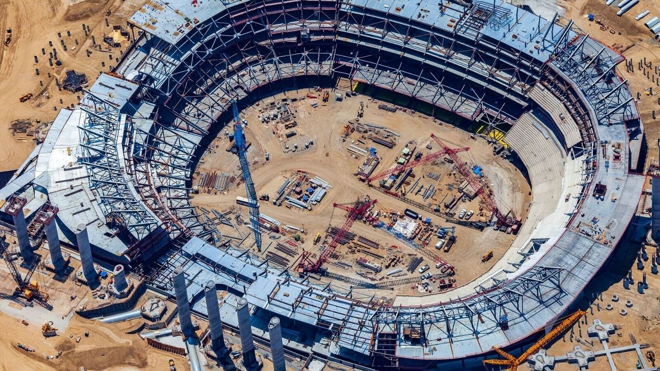 Rams Chargers Fans Get An Aerial View Of New L A Stadium S Progress Los Angeles Rams Blog Espn