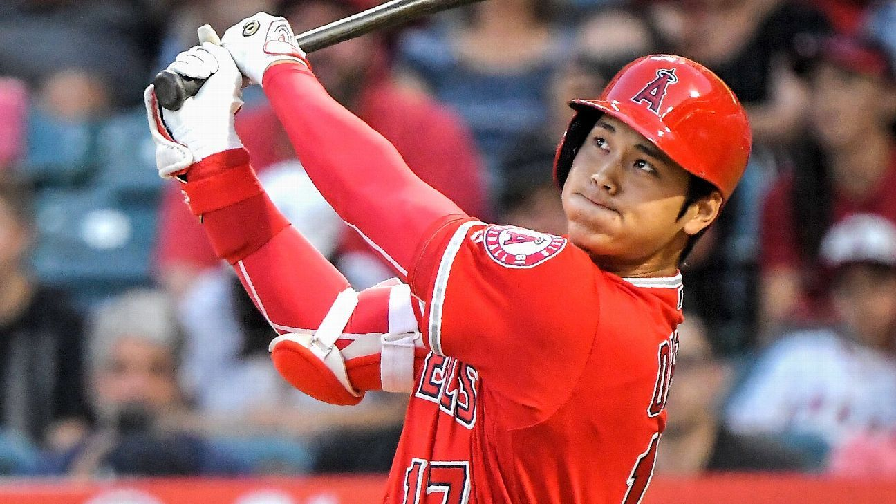 Ohtani joins team BP for first time since surgery
