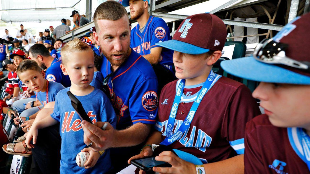 90c3cff1b MLB -- Big league moments fuel Little League dreams
