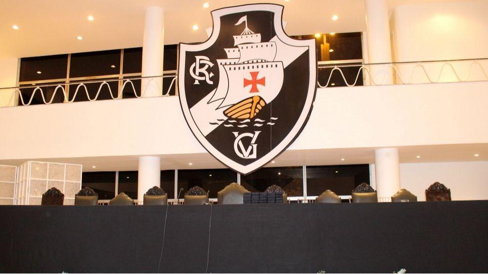 0619b6c203 Jornalista revela que Vasco assinou carta para participar de liga de esport  em 2019