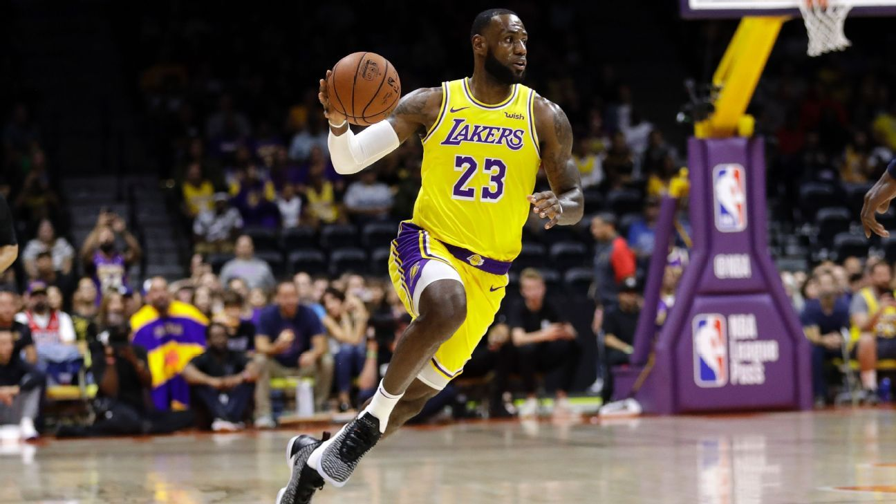 53a5d3f7765b LeBron James creates first highlights for Lakers in preseason debut