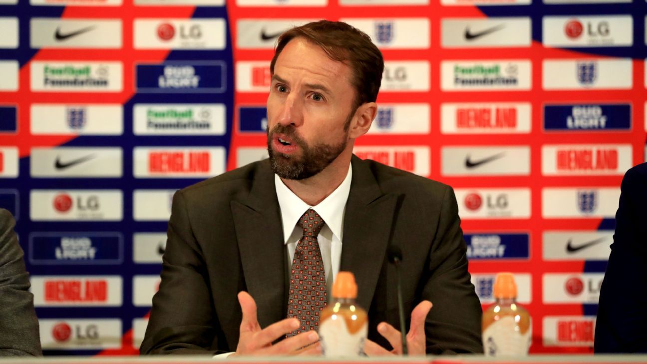 England boss Southgate wants to follow Sir Alex Ferguson example on young players