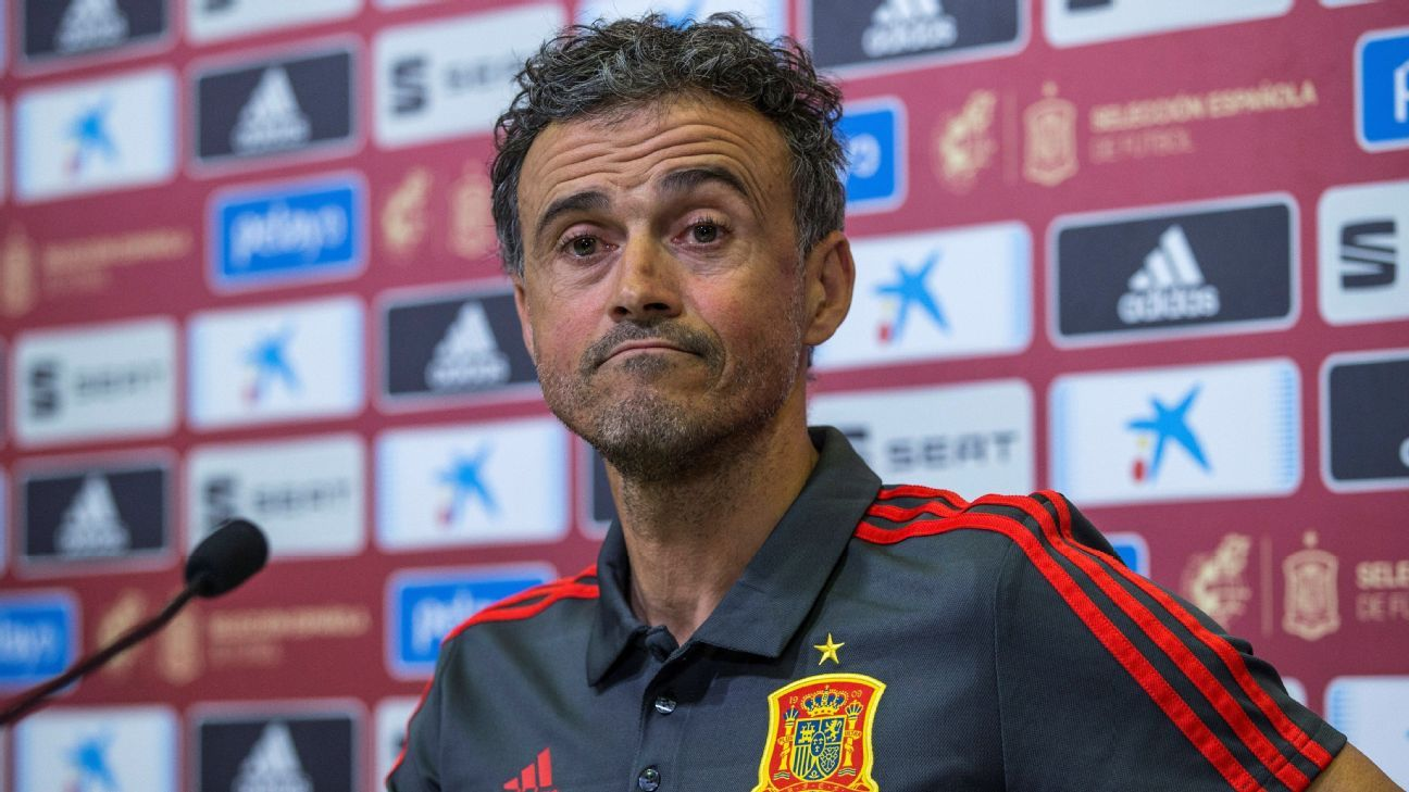 Spain boss Luis Enrique: No fans sadder than dancing with sister - ESPN
