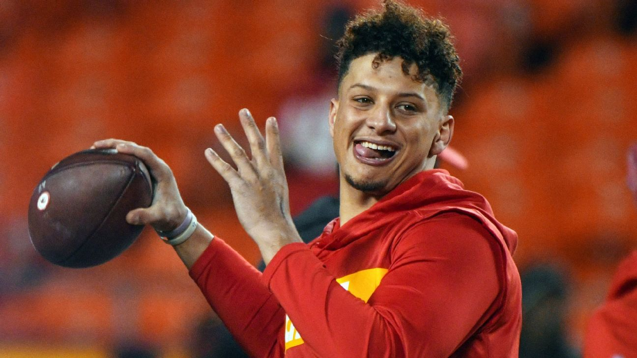 Watch: Patrick Mahomes' ridiculous combination of speed