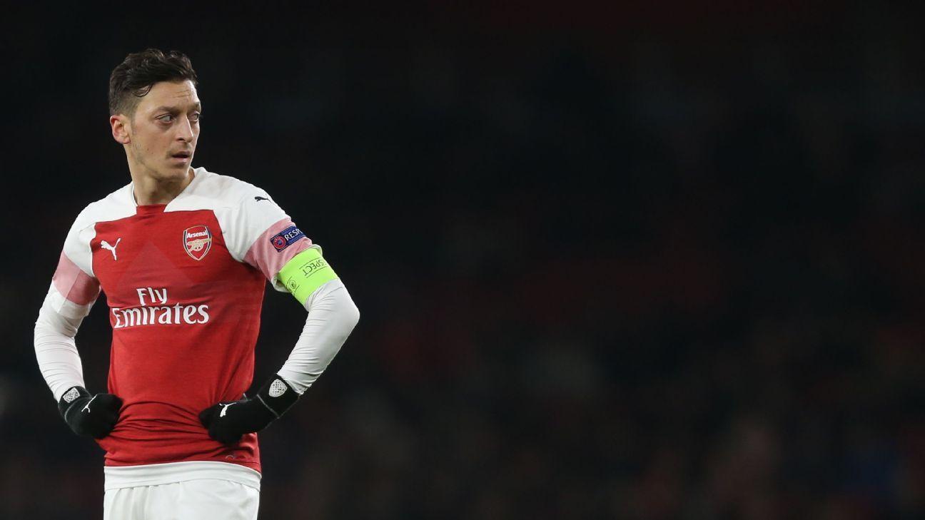 Declaração de Özil faz China tirar Arsenal x City da TV para passar VT do Tottenham