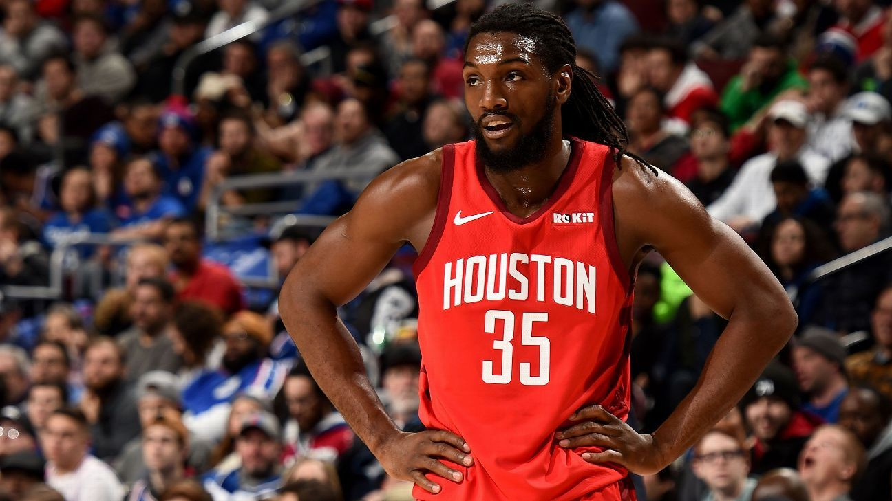 5d50e229bf12 Kenneth Faried draws tech on first basket in Houston Rockets debut