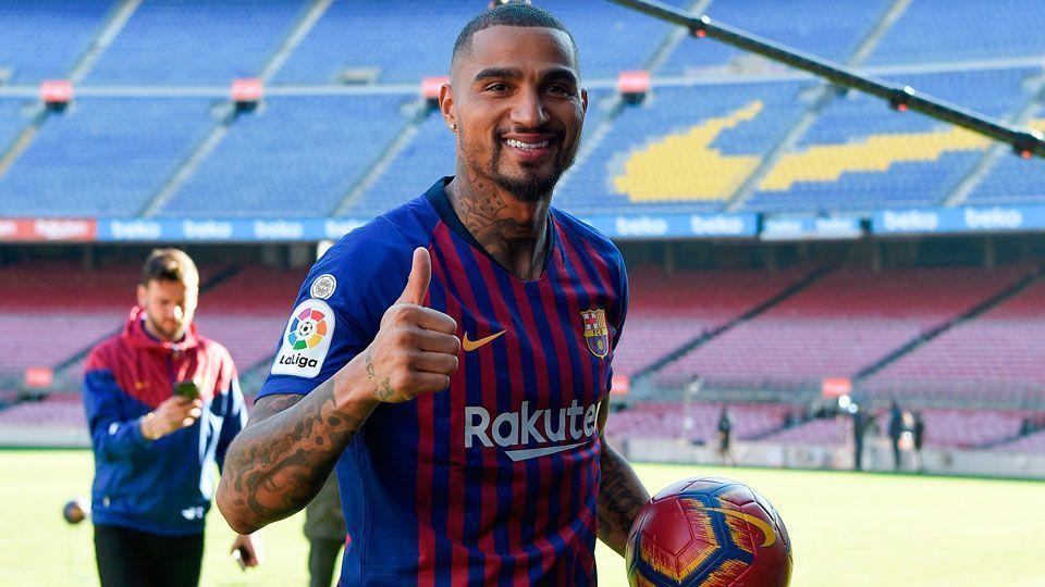 Barcelona apresenta Boateng   Meu agente me ligou e achei que era um sonho  ff3a864c9a2b5