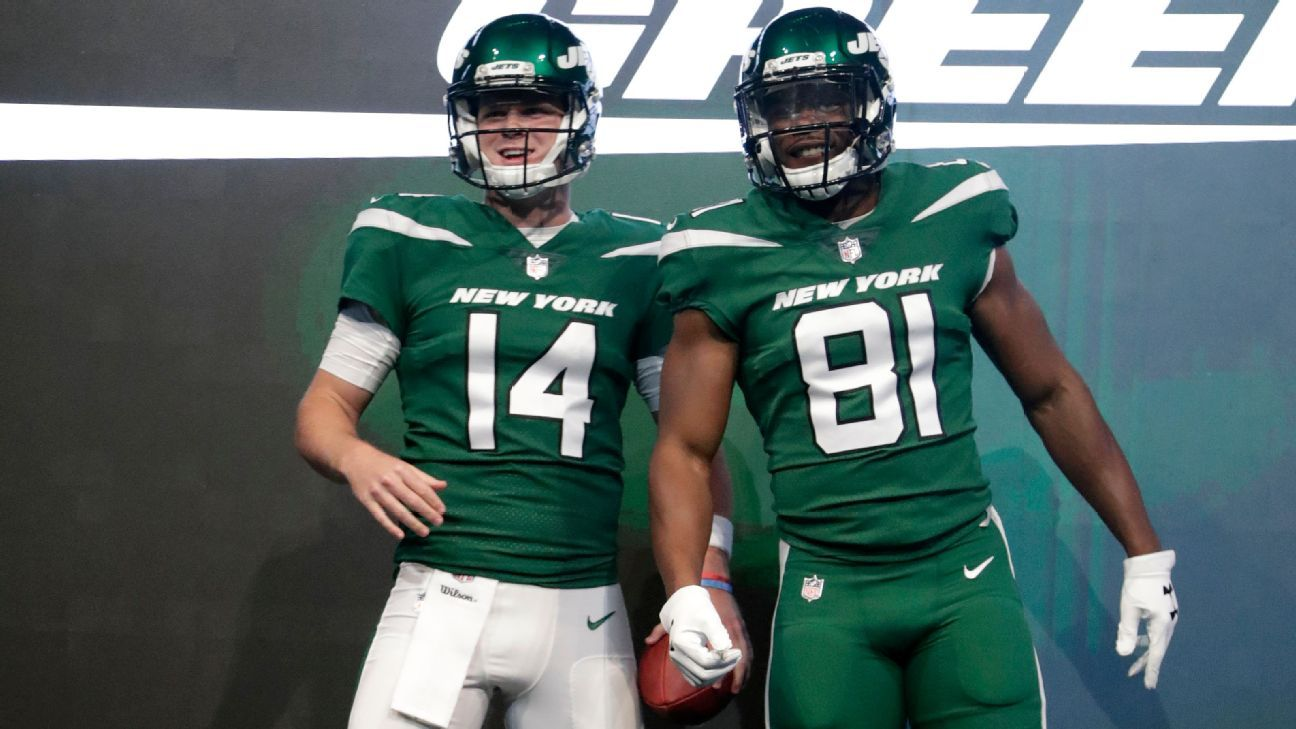 155c48828 Poll  How do you like the New York Jets  new uniforms  - New York Jets  Blog- ESPN