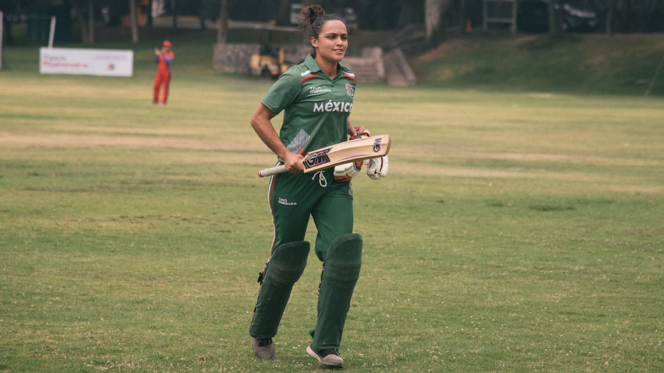 Mexico women's cricket team taps into grass roots to revive sport's dormant history