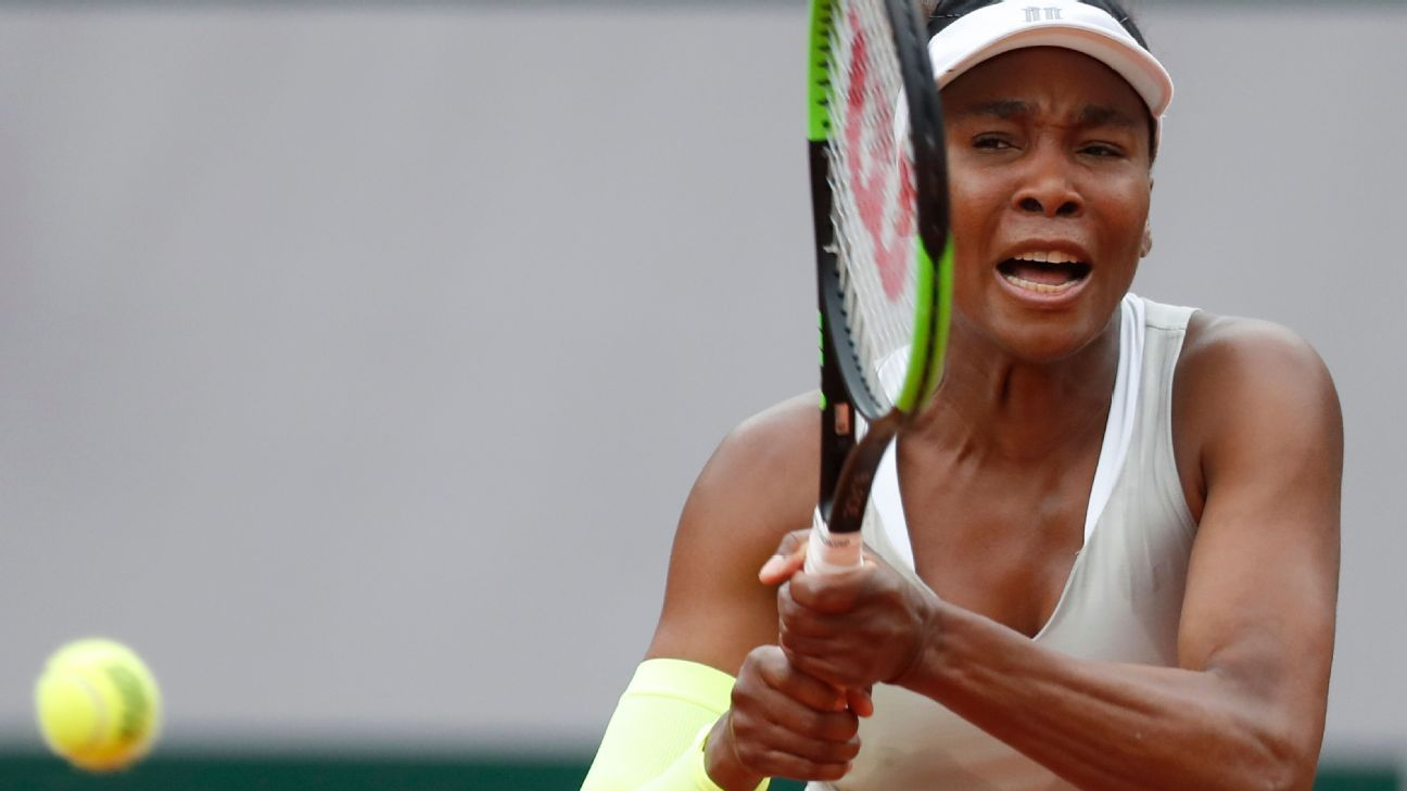 Venus goes quietly in 1st round of French Open