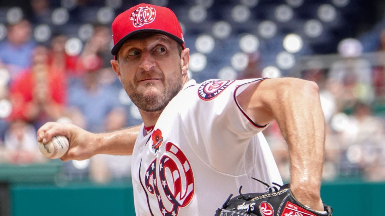 Nats' Scherzer breaks nose, but likely to pitch