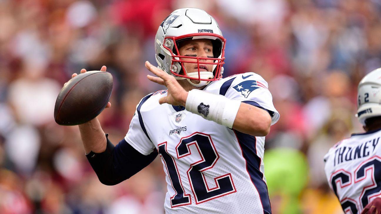 Brady passes Favre, eyes Peyton on all-time list
