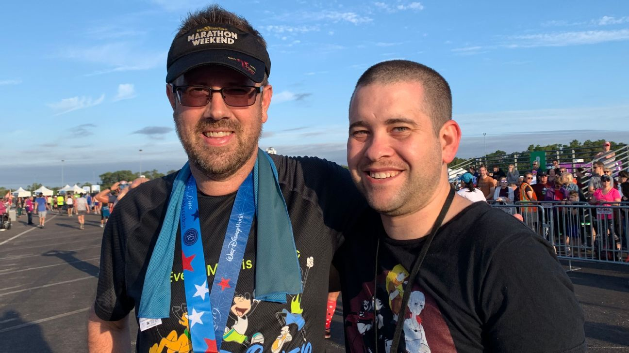 The day a cancer survivor and his stem cell donor ran into each other at a marathon