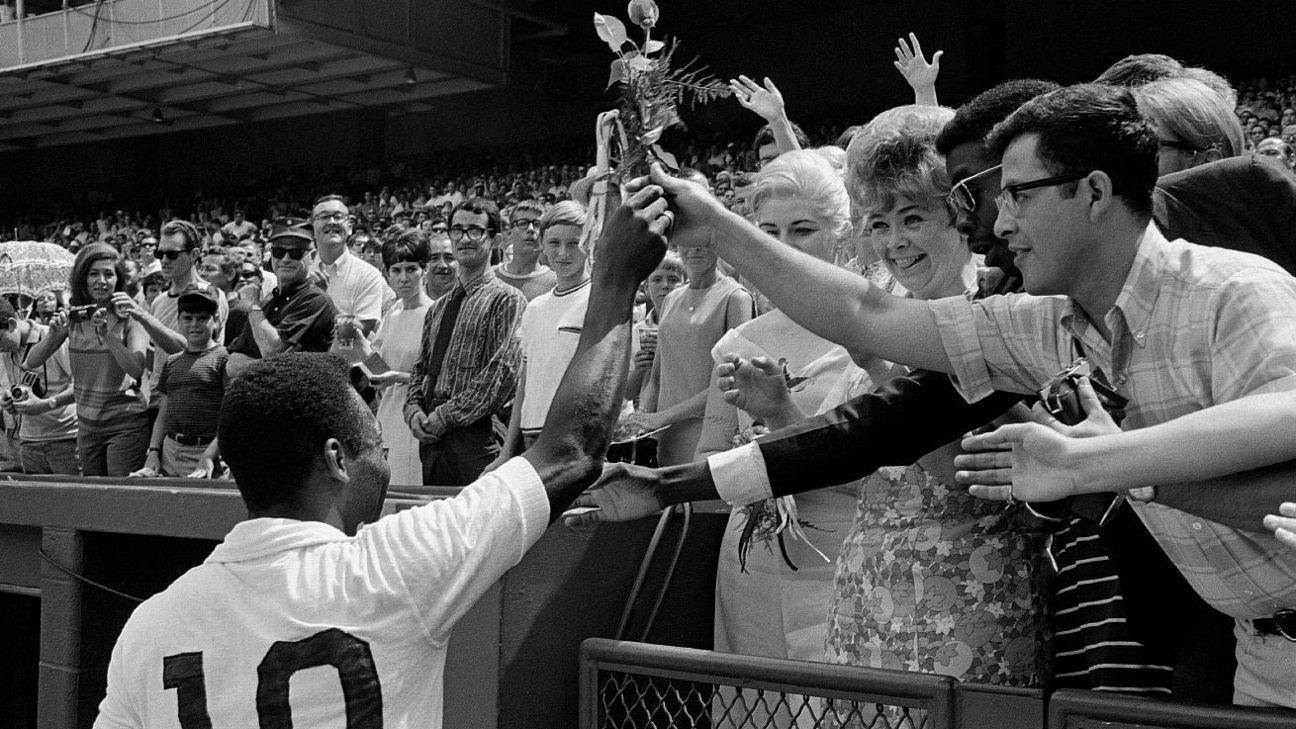 Contagem regressiva para o milésimo de Pelé: Arnaldo Cezar Coelho relembra 'festa de arromba' que nunca aconteceu em Salvador - ESPN.com.br