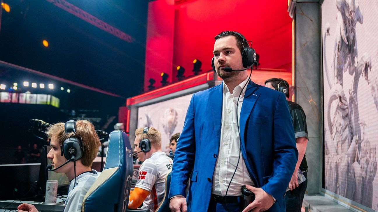 Fnatic part ways with head coach Youngbuck