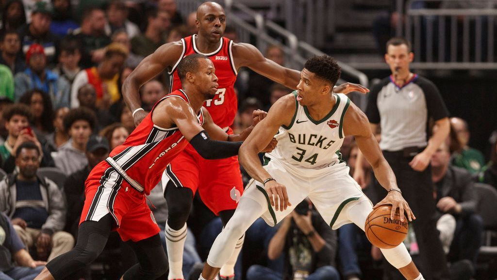 Giannis Antetokounmpo sets career-mark with 15 assists vs. Blazers