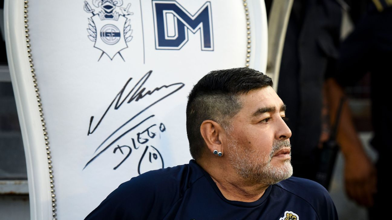 Toe Poke Daily: Maradona king for a day (and every day) yet again