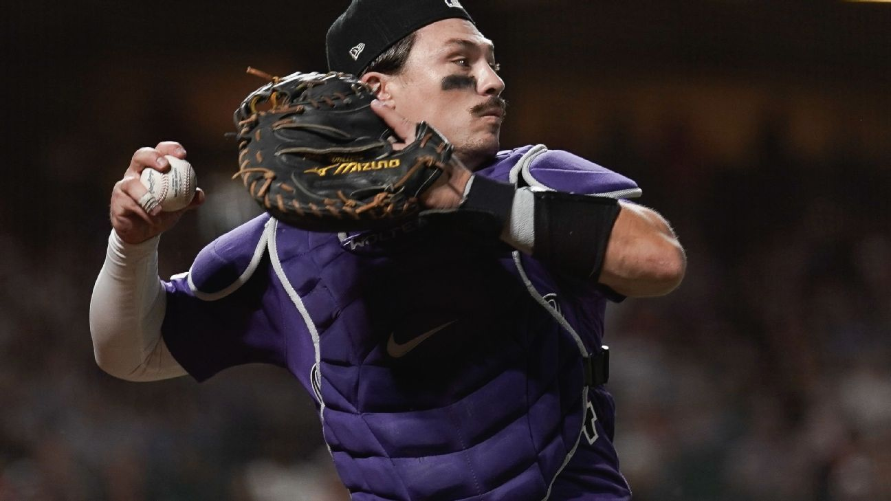 Rockies beat catcher Wolters in salary arbitration