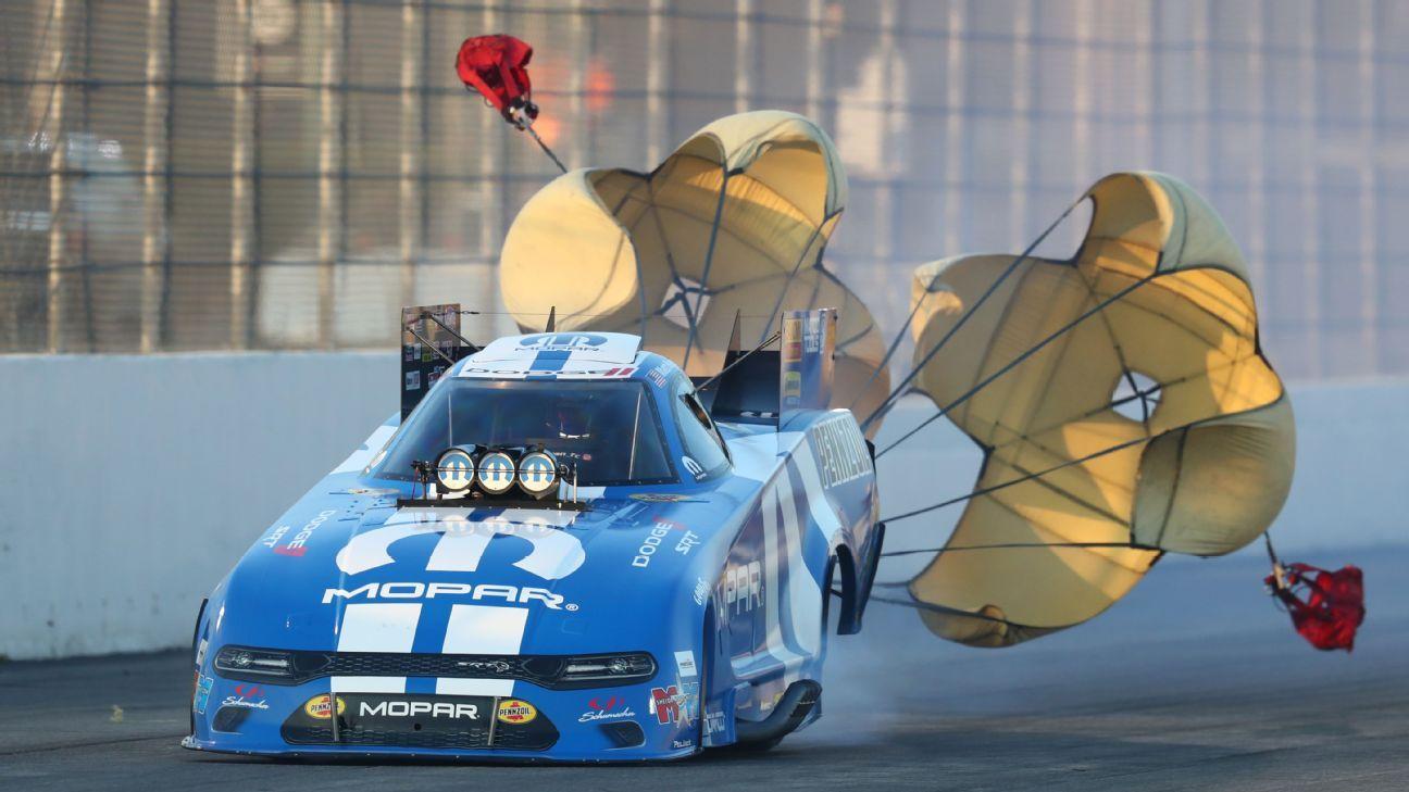 Hagan leads Funny Car qualifying in Arizona