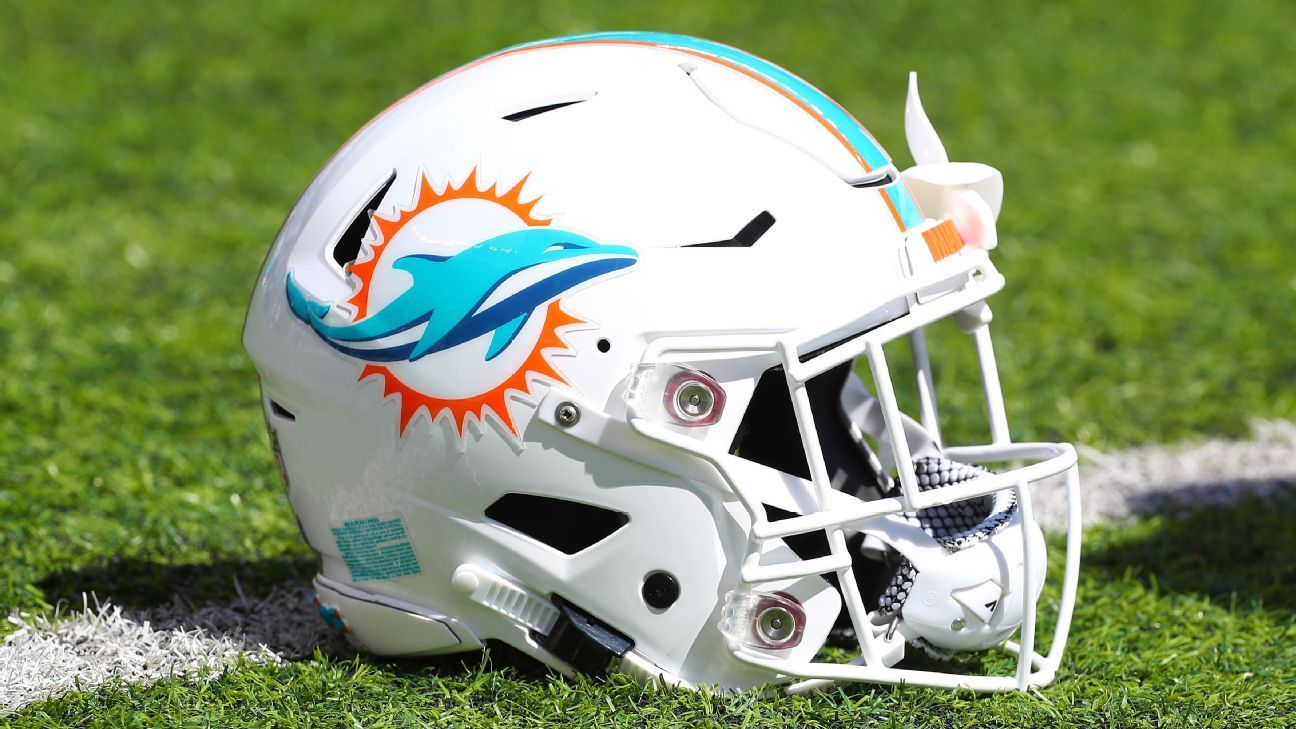 WATCH: Miami Dolphins Say 'No More Empty Gestures', Will Stay Inside for Both Anthems During 2020 Season