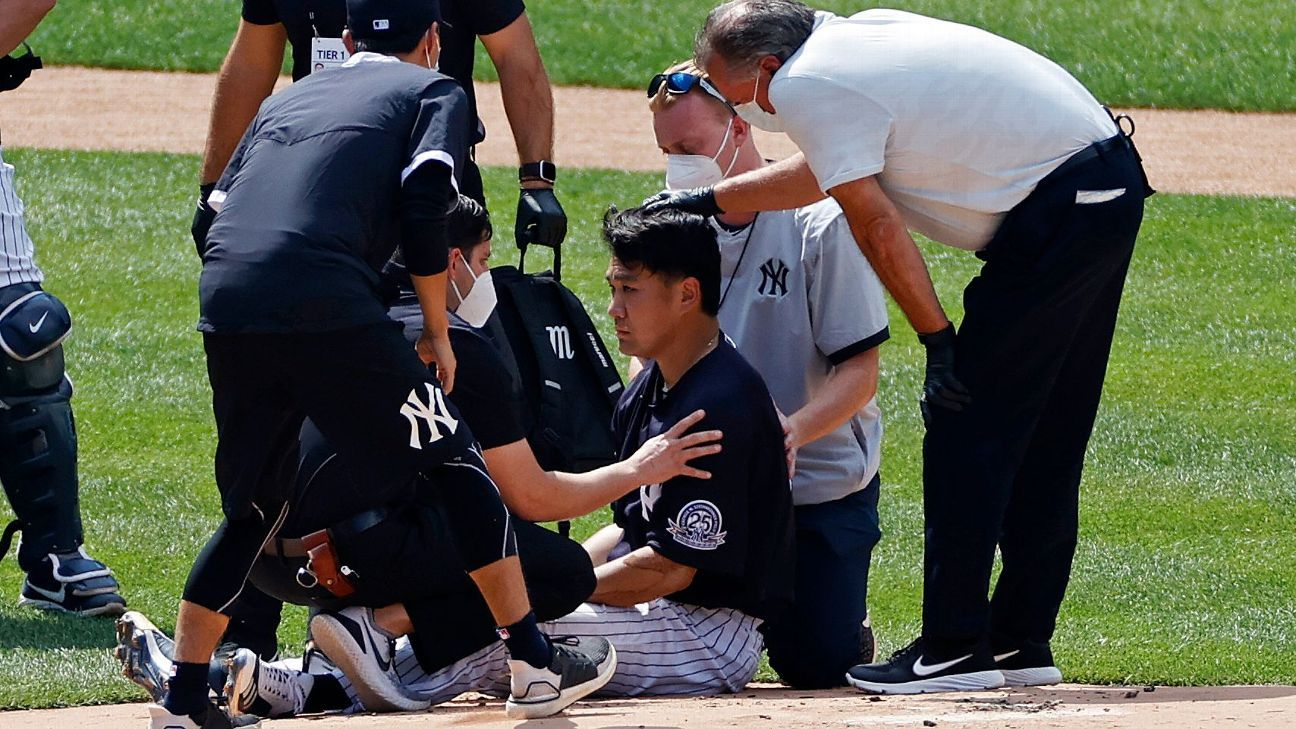 Tanaka out of hospital after taking liner off head