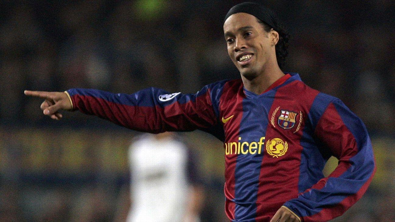 Ronaldinho: A 17 años de la magia que encantó al Barcelona